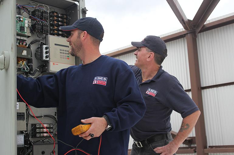 Repairing-Package-Rooftop-Unit-1